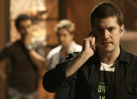 Reta final: Alex não se intimida e decide continuar chantageando Salvatore