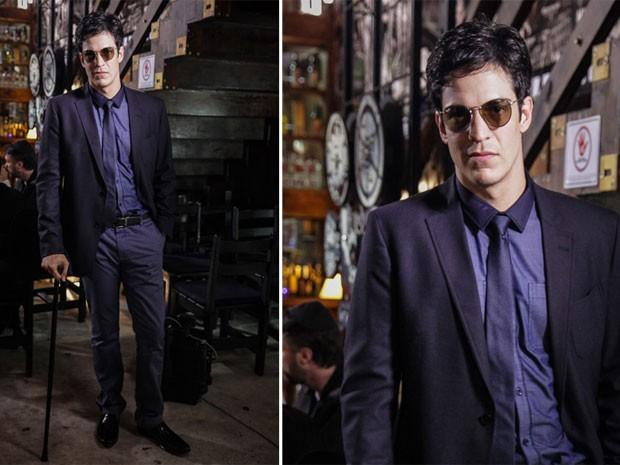 Félix usa tecidos de cores escuras com brilho muito sutil (Foto: Amor à Vida/TV Globo)