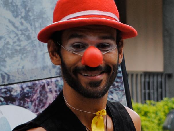 Luis Igreja foi convidado para dirigir um espetáculo do grupo e não deixou mais a companhia (Foto: divulgação)