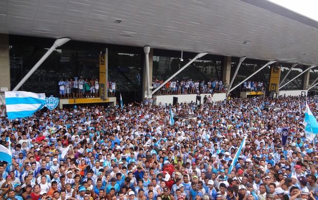 Uma multidão recebeu os jogadores do Paysandu em Belém (Foto  Jorge Sauma    GLOBOESPORTE 28affb3cc1e25