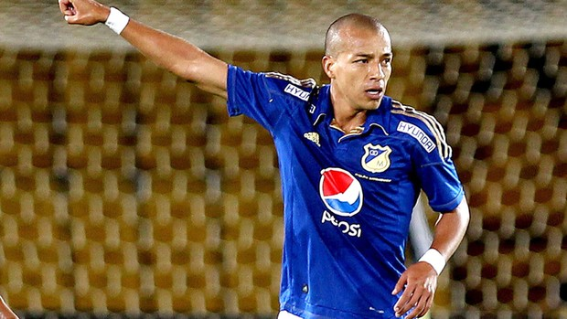 Ortiz comemora gol do Millonarios contra o Palmeiras (Foto: Agência EFE)