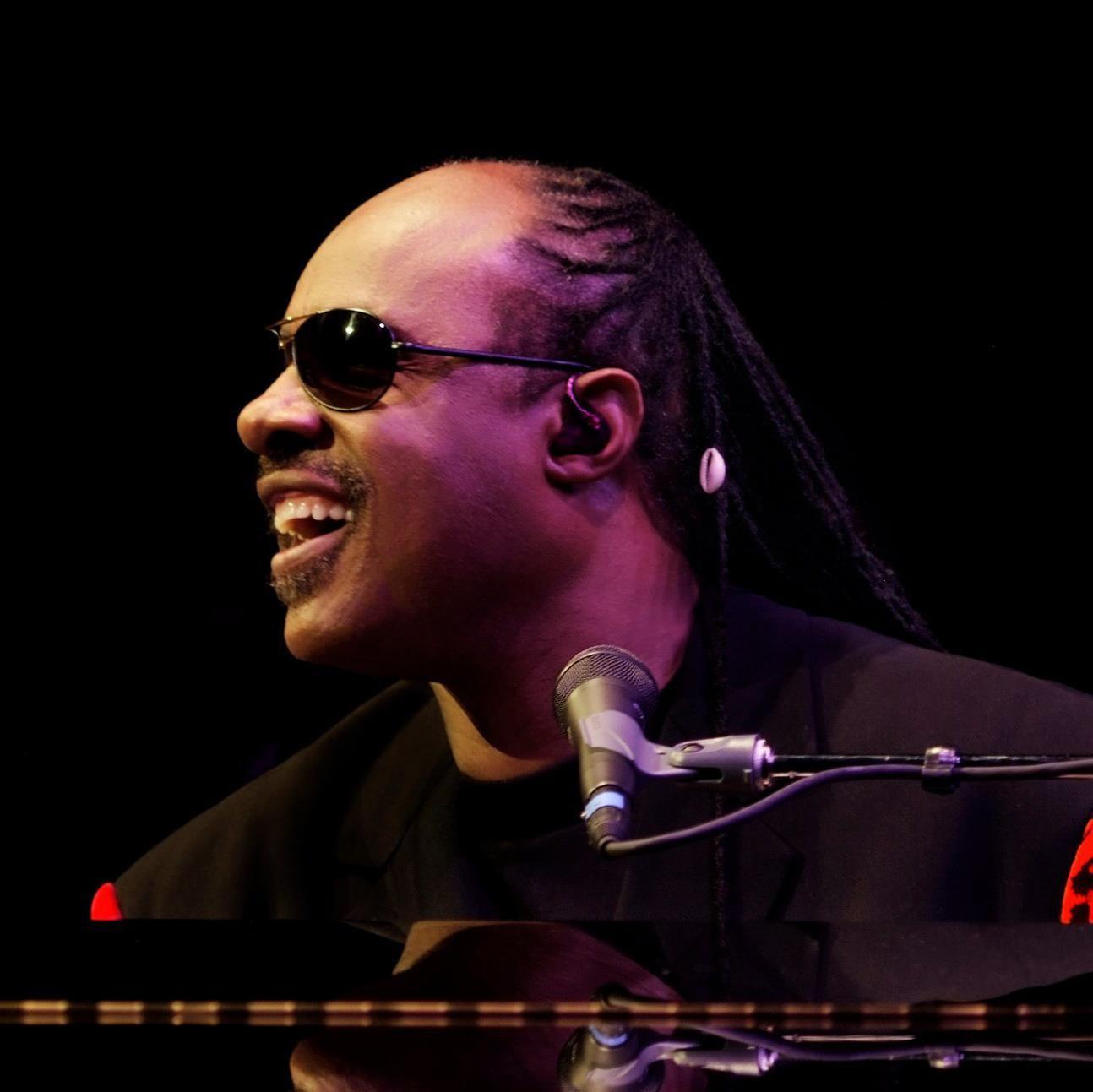 Stevie Wonder  o primeiro artista da sexta temporada da srie Rock Legends (Foto: Divulgao)