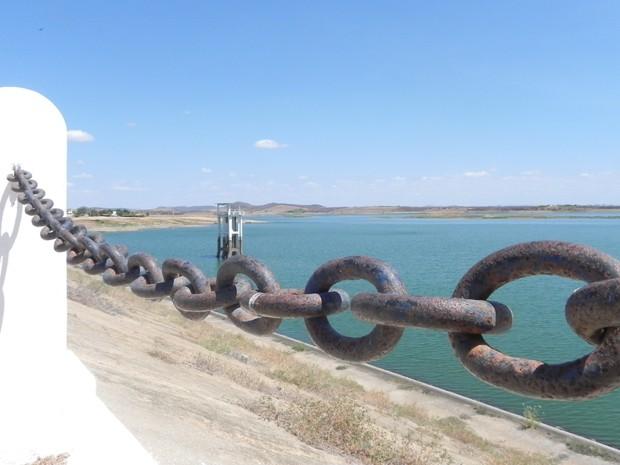 Açude de Coremas é o maior reservatório hídrico da Paraíba (Foto: Taiguara Rangel/G1)