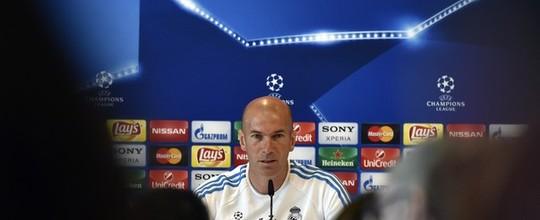 Zidane pode ser o primeiro técnico francês a vencer a Liga dos Campeões; confira o ranking (GERARD JULIEN / AFP)