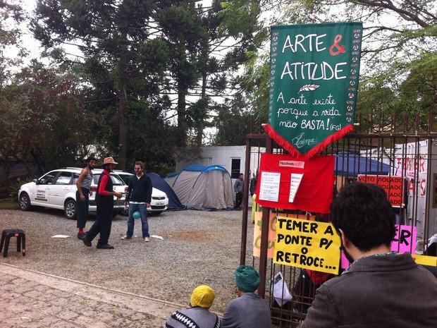 Manifestantes reivindicam a recriação do Ministério da Cultura (Minc) (Foto: José Luiz Lautert / Arquivo Pessoal)