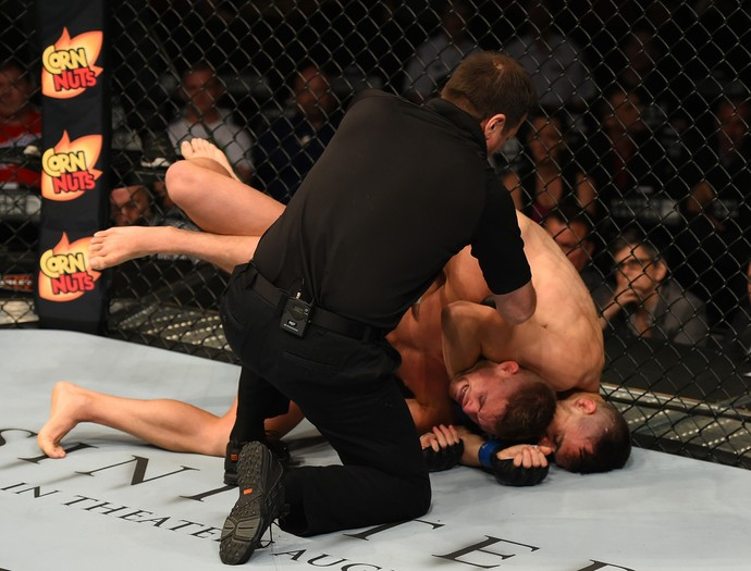 James Krause e Daron Cruickshank UFC Chicago (Foto: Getty Images)