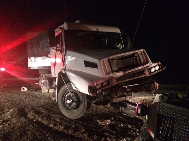 Motorista do caminhão foi preso após o acidente (Foto: Paulo Ledur/RBS TV)