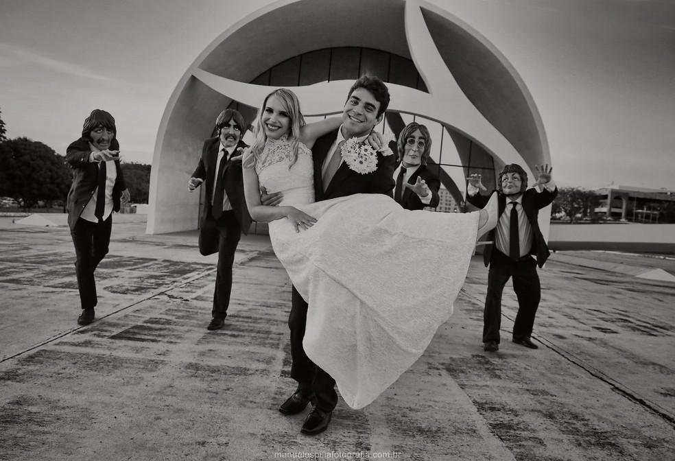 Ensaio foi realizado em Palmas, cidade onde  noiva mora (Foto: Manuel Espitia/Divulgação)