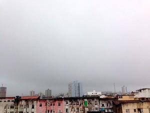 Chuva em Salvador (Foto: Rafaela Ribeiro/ G1)