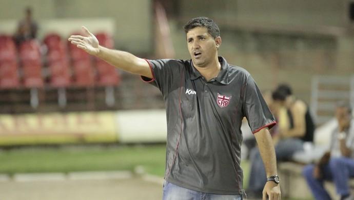 Eduardo Souza, técnico do CRB (Foto: Ailton Cruz/ Gazeta de Alagoas)