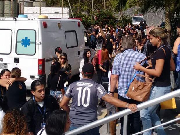 Funcionários de call center próprio da TIM são demitidos no Grande Recife (Foto: Carol Amorim/WhatsApp)