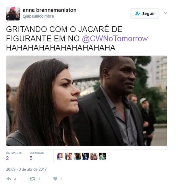Jacaré do É o Tchan faz figuração em série (Foto: Reprodução/Twitter)