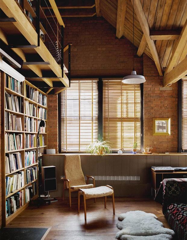 Décor do dia: canto de leitura no loft (Foto: Divulgação)