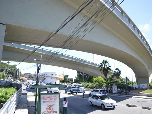Estimativa da prefeitura é de que o viaduto receba um fluxo de até 10 mil veículos por dia (Foto: Joana Lima)