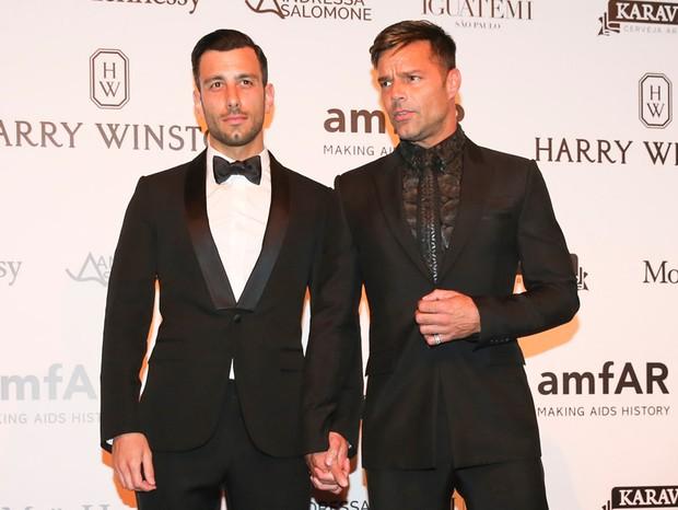 Ricky Martin e Jwan Yosef (Foto: Manuela Scarpa e Rafael Cusato/Brazil News)
