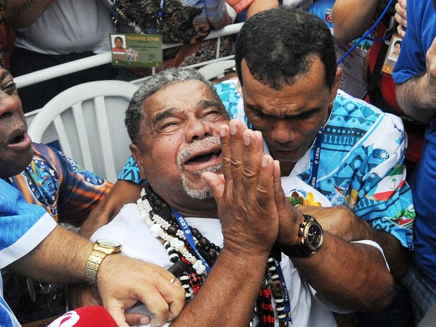 Diretor da comissão de carnaval da Beija-Flor, Laíla comemora resultado (Foto: Alexandre Durão/G1)