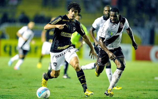 Bruno Mendes jogo Botafogo Vasco (Foto: Fábio Castro / Agif)