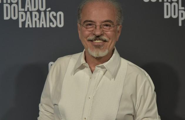 Genézio de Barros será Raul, professor de Artes de um colégio em Palmas, casado com Isabel (Ana Barroso) e pai de Melissa (Gabriela Mustafá) (Foto: Globo / Cesar Alves)