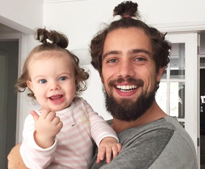 Rafael Cardoso adere ao penteado de Aurora (Foto: Arquivo pessoal)