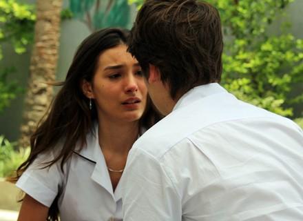 Luciana termina com Rodrigo de vez