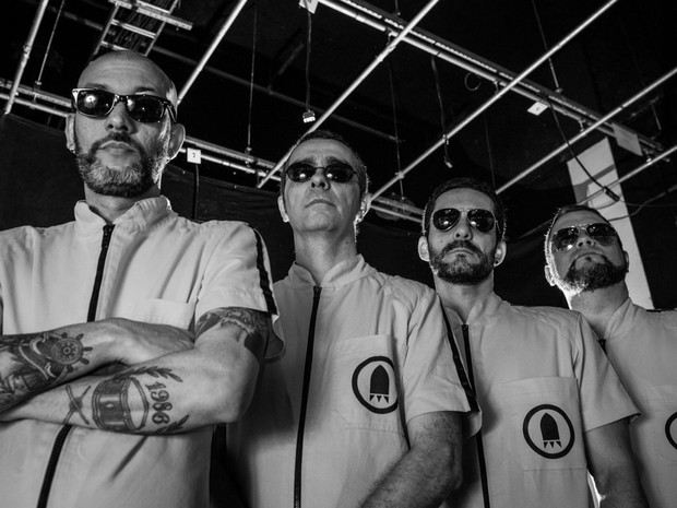 Banda Retrofoguetes se apresenta em Salvador, no dia 13 de agosto (Foto: Divulgação)