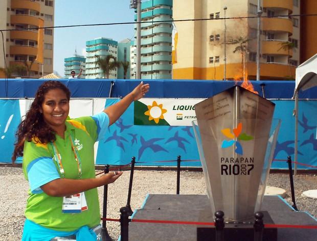 Edilia Aparecida Mendes, de Uberaba, voluntária na Copa do Mundo 2014, na Vila Olímpica do Parapan (Foto: Arquivo Pessoal)