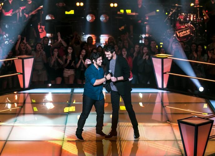 Marcelo Archetti e Renato Vianna soltam a voz em primeira noite de Batalhas (Foto: Isabella Pinheiro/Gshow)