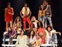 Em cena, 'Tropicalistas' remete aos shows performáticos da década de 60