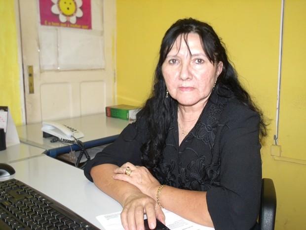 A titular da Delegacia de Crimes Contra a Mulher (DCCM), Elza Nogueira, contou que a maioria dos crimes é contra mulheres (Foto: Abinoan Santiago/G1)