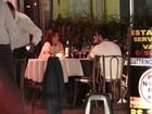 Maria Casadevall é vista jantando com João Vicente de Castro