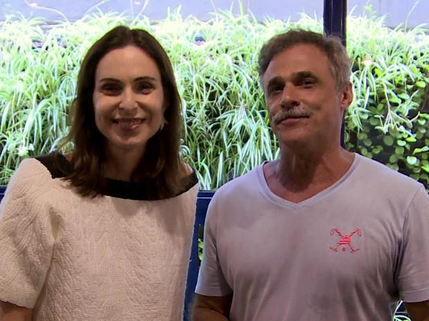 Silvia Pfeifer e Oscar Magrini relembram o sucesso de 19 anos atrás (Foto: TV Globo)