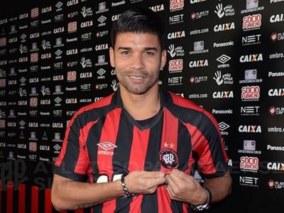 eduardo da silva atlético-pr (Foto: Divulgação/Atlético-PR)