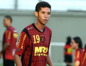 Renato sport (Foto: Aldo Carneiro / Pernambuco Press)