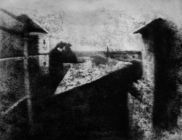 'View from the Window at Le Gras', primeira foto da história (Foto: Joseph Nicéphore Niepce)