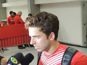 Cláudio Winck lateral-direito Inter (Foto: Tomás Hammes / GloboEsporte.com)