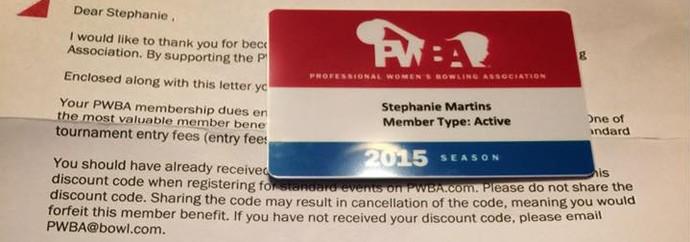 A carta de admissão da jogadora na liga profissional americana (Foto: Arquivo Pessoal)