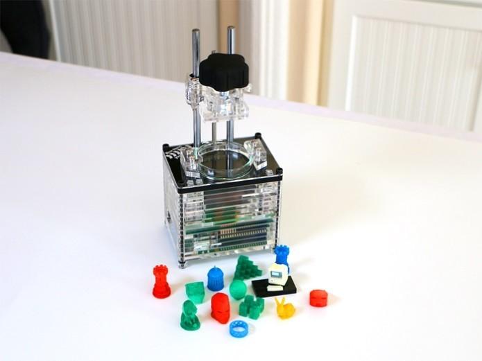 iBox Nano pode ser colocada na mochila e pesa apenas um quilograma (Foto: Reprodução/Kickstarter)