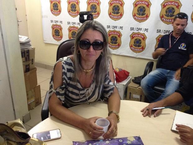 Cláudia Bordoux denunciou o ex-marido por não devolver e desaparecer com filho (Foto: Lorena Andrade / G1)