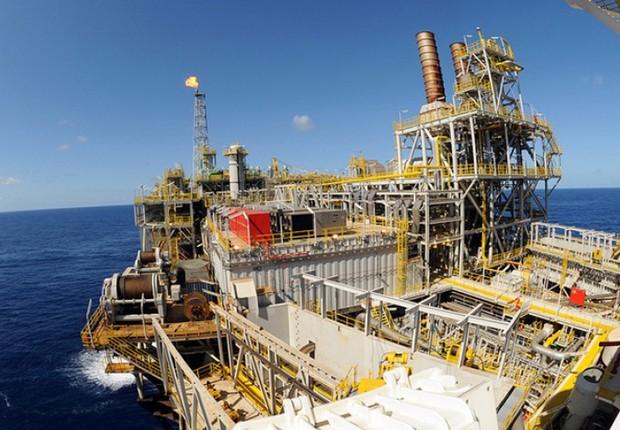 Plataforma de produção de petróleo ; ANP ; pré-sal ;  (Foto: Arquivo/Agência Brasil)
