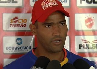 Edson, goleiro do Vila Nova (Foto: Reprodução/TV Anhanguera)