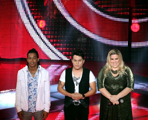 Fernando, Pedro e Carol (Foto: The Voice Brasil/TV Globo)