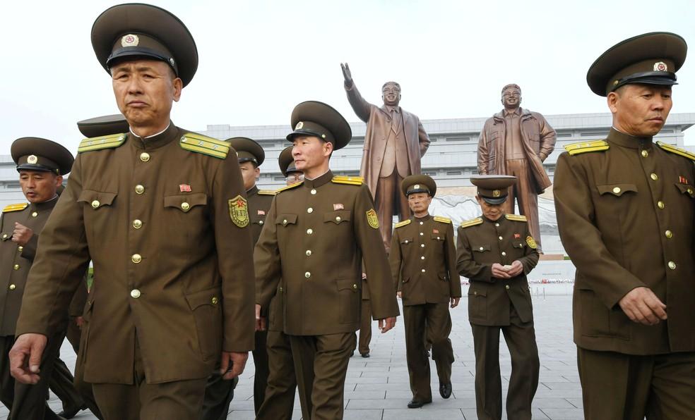 Celebração do 85º aniversário do Exército da Coreia do Norte (Foto: Kyodo/via Reuters)