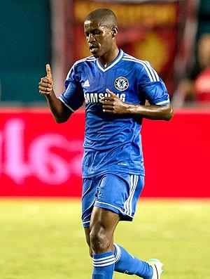 Ramires gol Chelsea jogo Real Madrid (Foto: AFP)