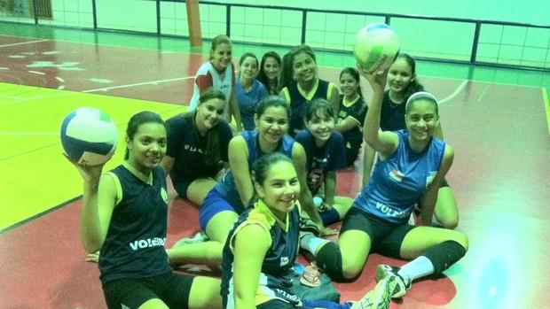 Vinte meninas compõem o grupo de treino. Porém, apenas doze serão selecionadas para o Brasileiro (Foto: Adeilson Albuquerque/GLOBOESPORTE.COM)