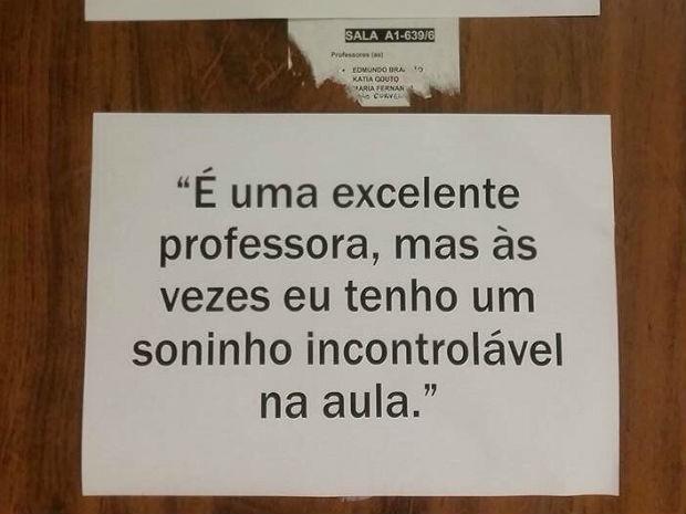 Recados anônimos divulgados em salas de professores da Faculdade de Comunicação da Universidade de Brasília (UnB) (Foto: Arquivo pessoal)