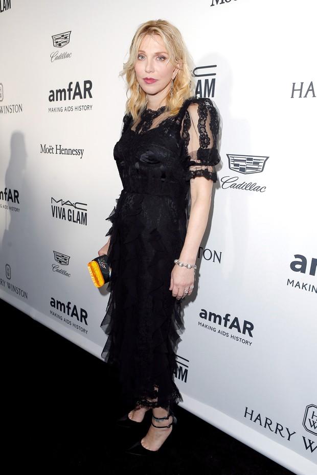Courtney Love em evento em Los Angeles, nos Estados Unidos (Foto: Jeff Vespa/ Getty Images)