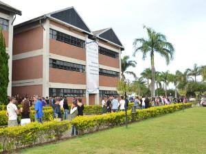 Univap também realiza vestibular neste domingo (9). (Foto: Divulgação/Univap)