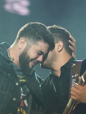 Henrique & Juliano vão às lágrimas (Érico Andrade/G1)