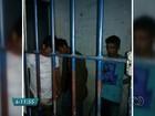 Suspeitos de roubar ônibus são presos após passageiros reagirem