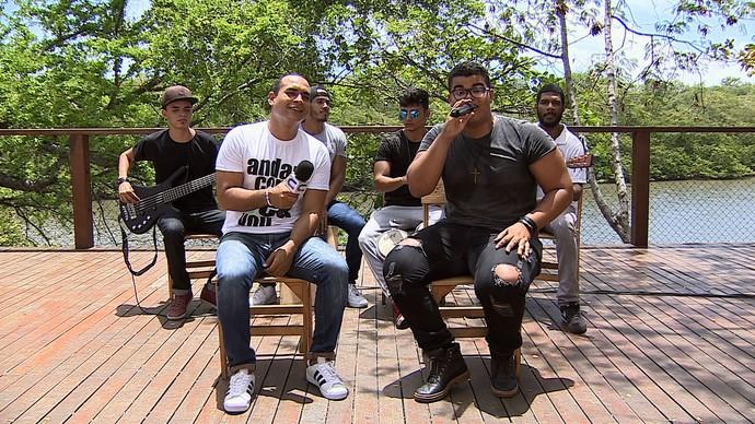 'Levando um Som' com Matheus Maya e banda (Foto: TV Sergipe)